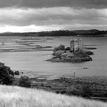 Castle Stalker,Scotland. | ZEISS CFI SONNAR F4 180MM