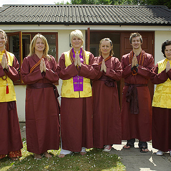 Essex Buddhists | ZEISS JENA 24MM F2.8 <br> Click image for more details, Click <b>X</b> on top right of image to close