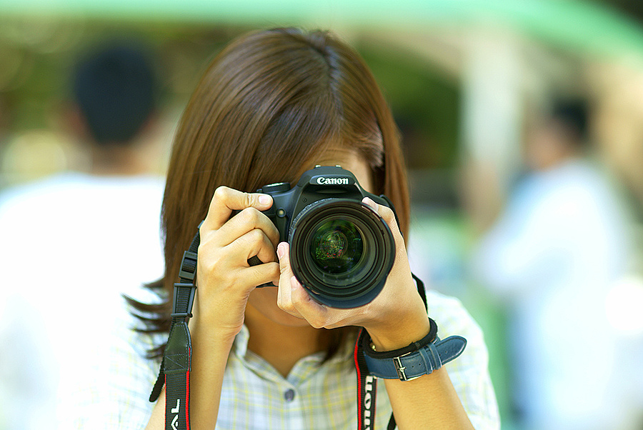 A Canon Girl | ZEISS ZA SONNAR 135MM F1.8 <br> Click image for more details, Click <b>X</b> on top right of image to close