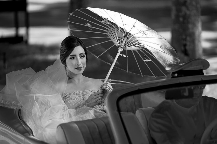 a lovely bride... | ZEISS ZA SONNAR 135MM F1.8 <br> Click image for more details, Click <b>X</b> on top right of image to close