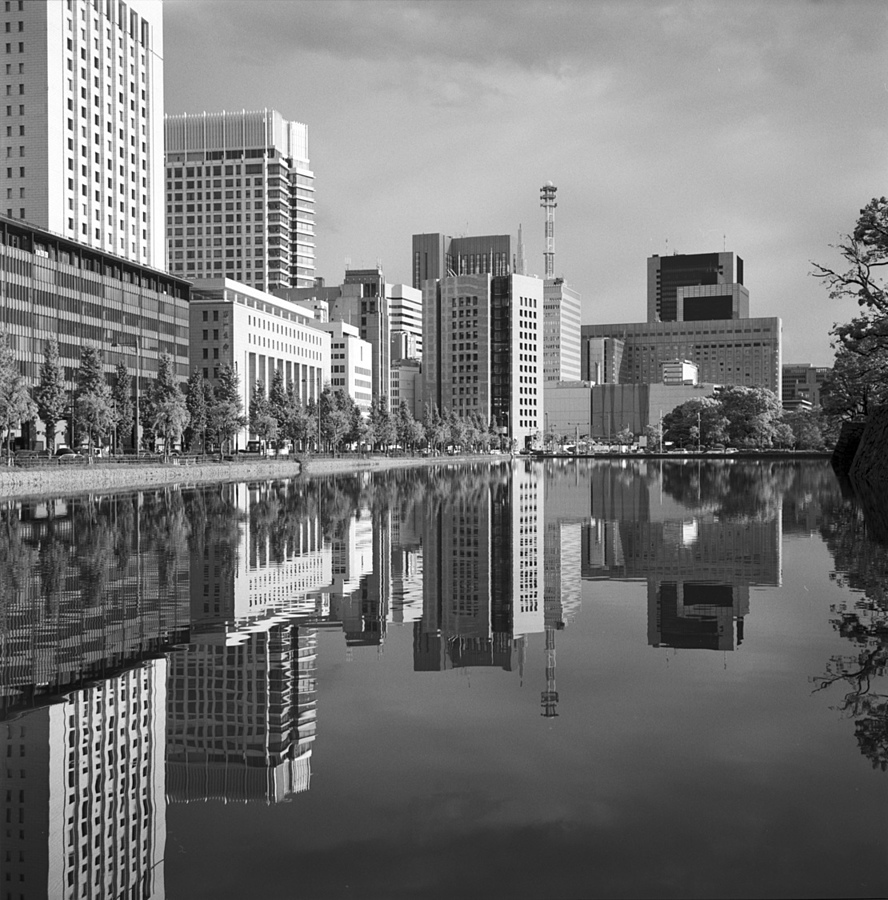 Marunouchi | ZEISS PLANAR 75MM F3.5 TLR <br> Click image for more details, Click <b>X</b> on top right of image to close