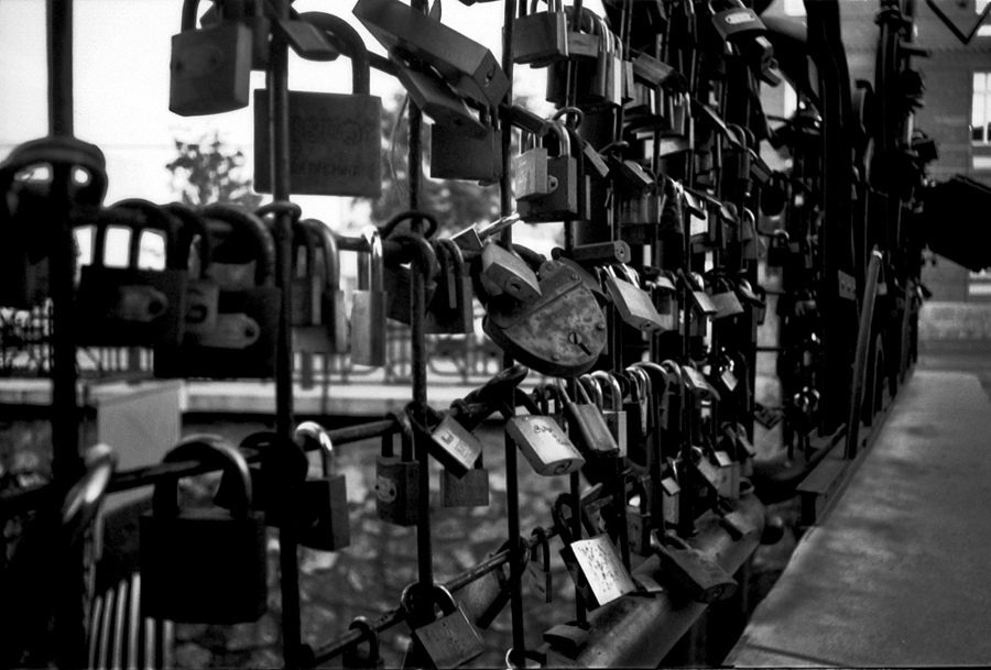 Love- locks in Miskolc 1. | ZEISS JENA FLEKTOGON F4 20MM <br> Click image for more details, Click <b>X</b> on top right of image to close