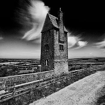 The pidgeon Tower | ZEISS ZA VARIO-SONNAR F2.8 16–35MM <br> Click image for more details, Click <b>X</b> on top right of image to close